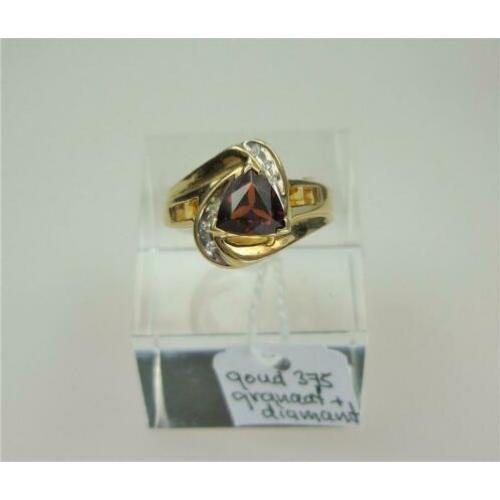 Ring goud granaat & diamanten / Z6255
