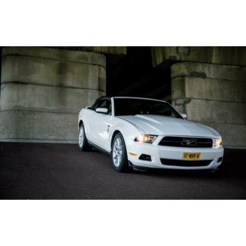 Ford Mustang Mustang 2010 Wit